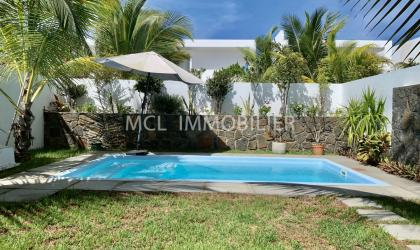 FURNISHED RENTAL - TOWNHOUSE - mont-choisy