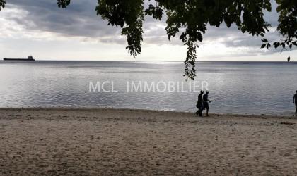 LOCATION SEMI MEUBLÉE - VILLA EN FRONT DE MER - baie-du-tombeau